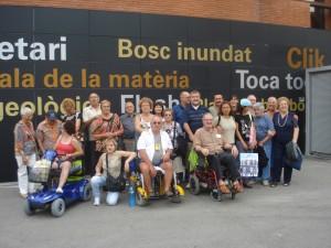 FOTO-GRUPO-EXCURSION-COSMOCAIXA-11-07-2009-reducida-300x225