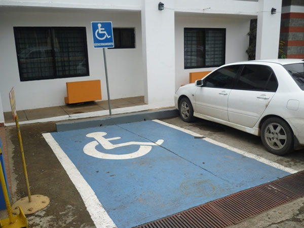 Se-coordino-operativos-para-la-vigilancia-de-los-estacionamientos-para-personas-con-discapacidad-durante-el-mes-de-diciembre-d