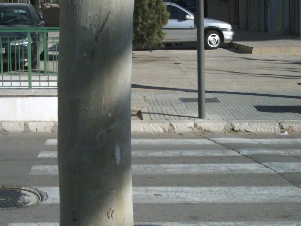 paso peatones sin rebajar