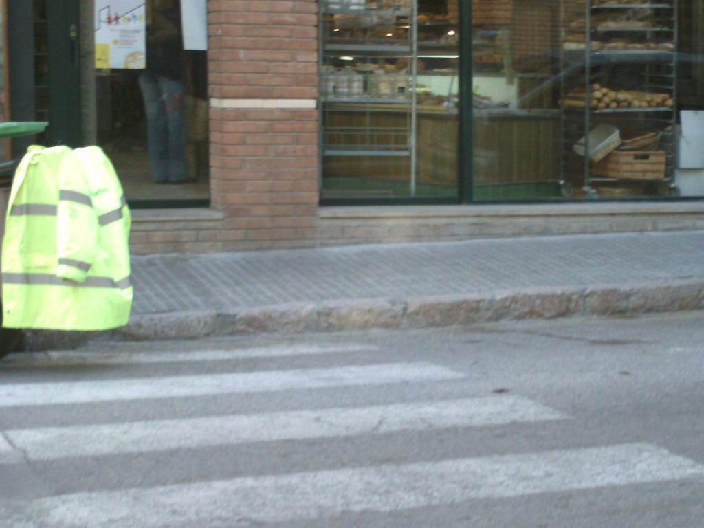 pasos de peatones sin rebajar
