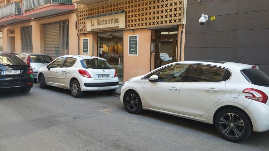 No hay aparcacmientos reservados a personas con movilidad reducida